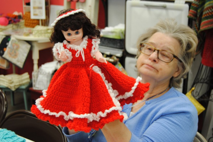 Eileen has made another crochet ensemble for a doll for one of her friends.